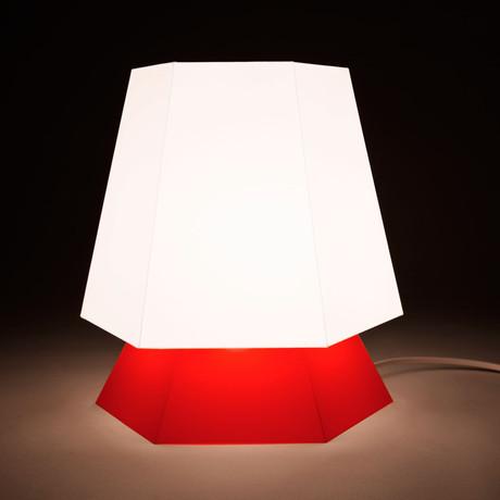 Nona (Red)