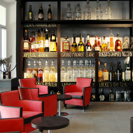 Loving Drinks Bar